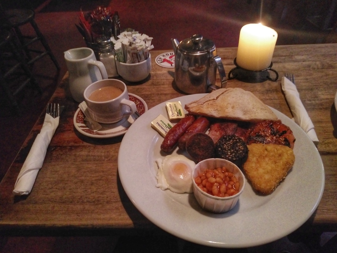 full-irish-breakfast-the-brazen-head-pub-dublin