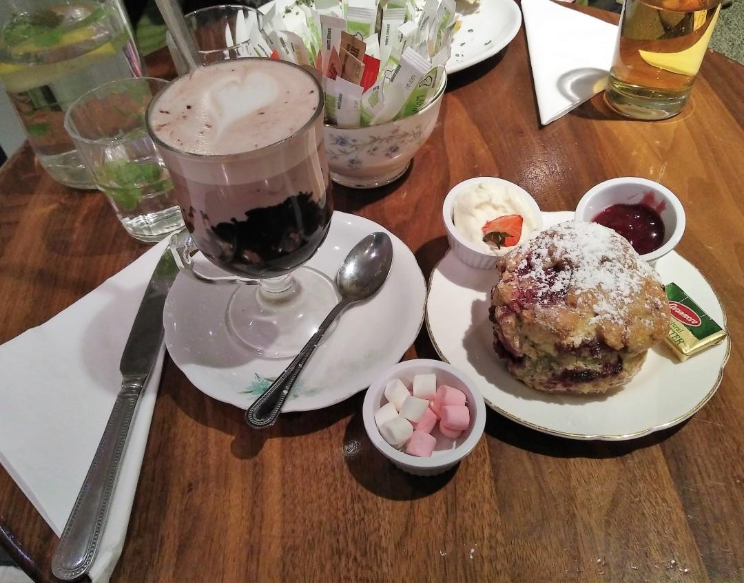 queen-of-tarts-dublin-cafe